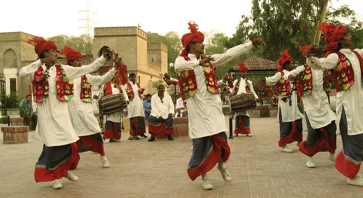 1200px-Bhangra_Dance_punjab