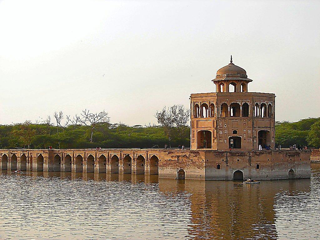 Sheikhupura-Hiran-Minar